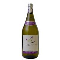 Вино игристое Италии Frizzantino Bianco Novellina / Фриззантино Бьянко Новеллина, Бел, П/Сл, 1.5 л [8004300360743]