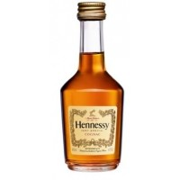 Коньяк Hennessy VS от 3 лет выдержки, 40%, 0.05 л [2000123030333]